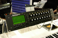 /images/journal06/NAMM2006/DSC_9306.jpg