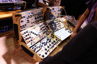 /images/journal06/NAMM2006/DSC_9375.jpg